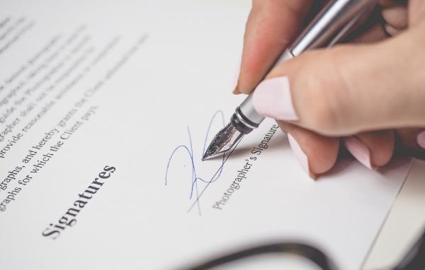 Thẩm quyền ký hợp đồng của Trưởng Chi nhánh, Trưởng Văn phòng đại diện
