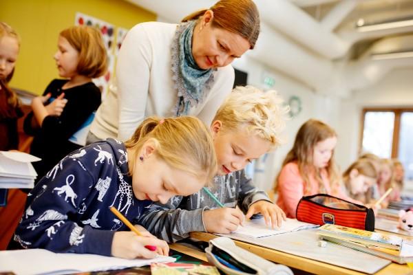 Quy trình và điều kiện thành lập trung tâm ngoại ngữ